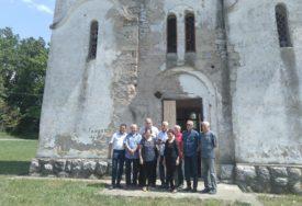 ILINDAN I ALIĐUN U GATI Ideja o obnovi crkve ujedinila Srbe i Bošnjake