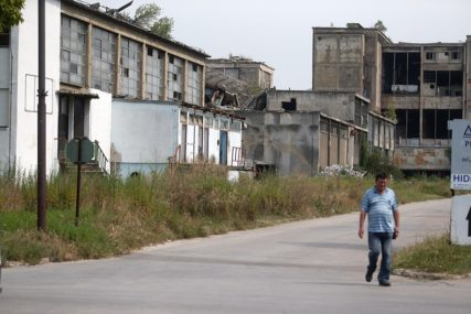 UHVAĆENI NA DJELU Krali željezo sa devastirane zgrade u Banjaluci