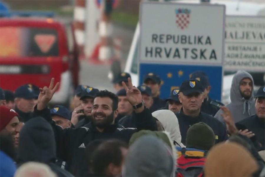 MIGRANTSKA KRIZA ZAOŠTRAVA ODNOSE! Hrvatska bi mogla zabraniti ulazak nekim ministrima iz BiH!