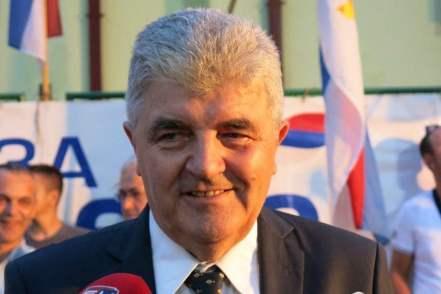 GUBITNIK DANA Milan Radmilović
