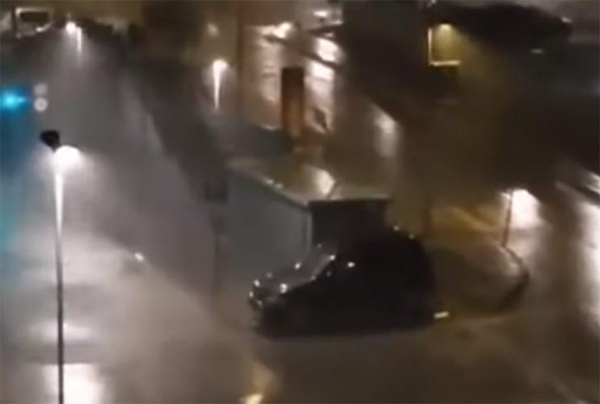 OLUJA OPUSTOŠILA JADRAN Vjetar čupao bandere, letjeli su krovovi, ljudi u panici zvali pomoć (VIDEO)
