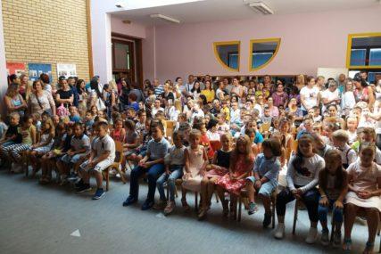 UČITELJ TEHNOLOŠKI VIŠAK Obeshrabrujuća statistika u Semberiji