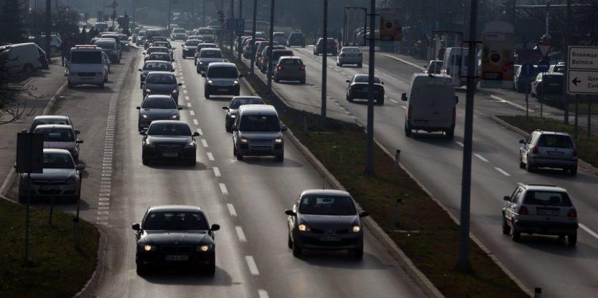 DALEKO SMO OD TRENDOVA Slavni plaćaju osiguranje za dijelove tijela, kod nas se najčešće osigurava vozilo
