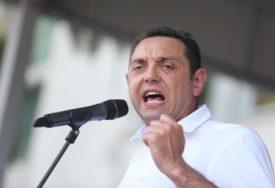 """""""NA SILU ODGOVORITI SILOM"""" Vulin poručio da Srbija mora da dokaže da u njoj vladaju zakoni"""
