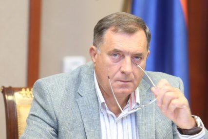 """""""SDA POZIVA NA SUKOBE"""" Dodik oštro reagovao na posljednji potez najveće bošnjačke stranke"""