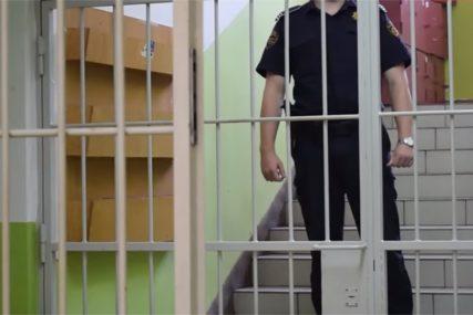 Filmski scenario: Kašikama iskopali tunel i pobjegli iz zatvora, policija još traga za njima