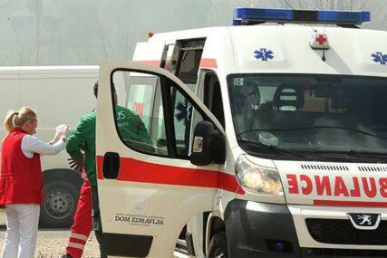 NESREĆA KOD TUZLE Četiri osobe povrijeđene u sudaru tri vozila