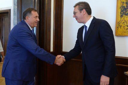 Vučić o Dodiku: Ne moramo uvijek da mislimo isto