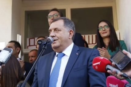 """""""TO JE ILUZIJA I PRIČA O ISLAMSKOJ DRŽAVI"""" Dodik OŠTRO REAGOVAO na deklaraciju SDA"""
