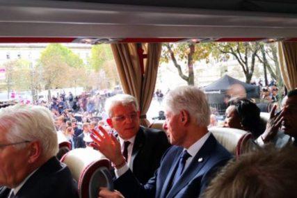 ĆASKANJE SA KLINTONOM Džaferović se zahvalio bivšem američkom predsjedniku na pomoći BiH