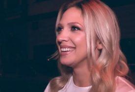 PRAVA DOMAĆICA Pjevačica proslavila Svetog Nikolu, a jedna fotka izazvala lavinu komentara