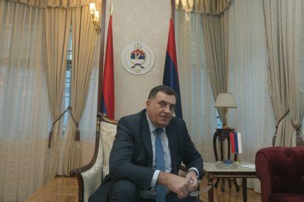 Dodik: Nikada neću prestati da govorim da Republika Srpska ima pravo na REFERENDUM o svom statusu