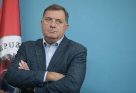 """""""BiH IDE U PROPAST"""" Dodik tvrdi da bi Srpska, Herceg-Bosna i Bosna zasebno bile uspješnije"""