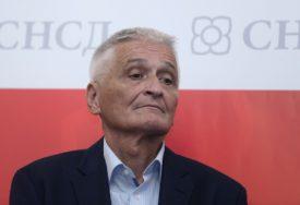 POZVAO SIPU DA SE UKLJUČI Špirić osudio napade na novinarku zbog pisanja o otpadu iz Italije