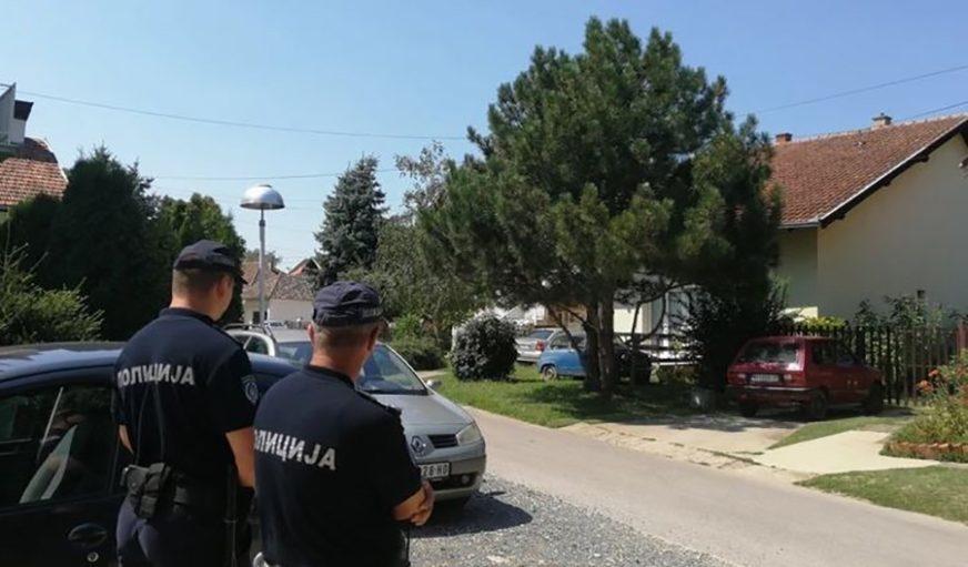 KLUPKO SE ODMOTAVA Za ubistvo tinejdžera osumnjičena TRI ROĐENA BRATA i njihov brat od strica