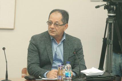 """""""FUNKCIJE DOĐU I PROĐU,  SRAMOTA OSTAJE"""" Gligorić poručio da ga neće iznenaditi ni pogoditi ako ga SMIJENE"""