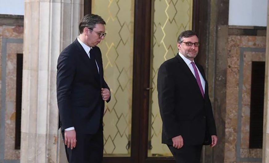 """TELEFONSKA SJEDNICA VUČIĆA I PALMERA """"Stabilnost na Zapadnom Balkanu od suštinske važnosti"""""""