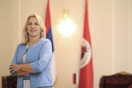 """ROĐENDANSKA ČESTITKA PREDSJEDNICE SRPSKE """"EuroBlic"""" je cijenjen u novinarskim krugovima i široj javnosti"""