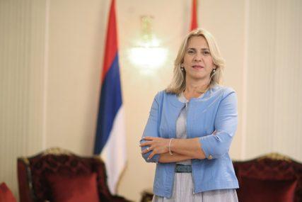 """""""Ponosno je istaknimo 15. septembra"""" Cvijanovićeva poručila da je trobojka simol srpskog jedinstva (VIDEO)"""