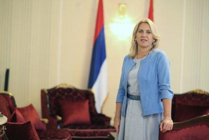 """""""MIR, SLOBODA, ZAJEDNIŠTVO"""" Cvijanovićeva uputila čestitke povodom slave Vojske RS"""