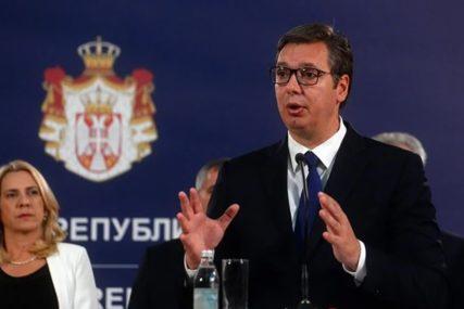 """""""NEĆU DA DIJELIM PACKE DODIKU"""" Vučić poručuje da podržava integritet RS u BiH"""