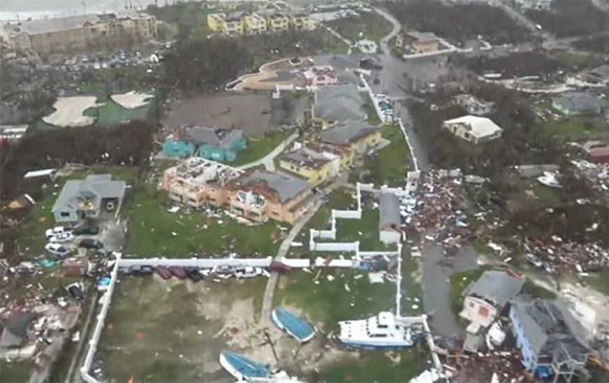 NEMILOSRDNI DORIJAN Raste broj žrtava uragana, pretražuju se OPUSTOŠENA PODRUČJA
