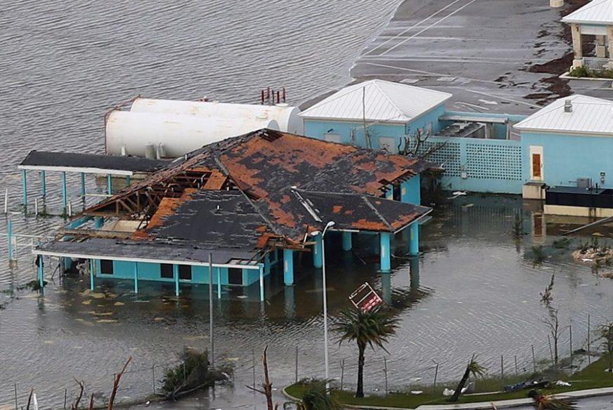 OSLABLJENI DORIJAN RUŠI SVE PRED SOBOM Na Bahamima 43 žrtve, očekuje se da će broj rasti