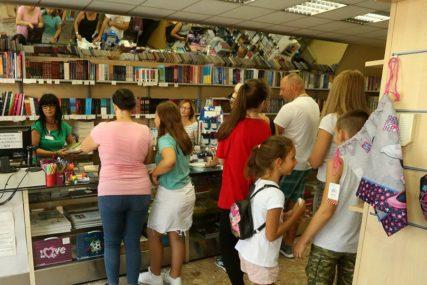 Za novu školsku godinu: Odobreni novi udžbenici za osnovce i srednjoškolce u Srpskoj