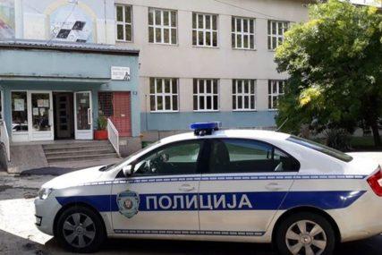 BRUTALAN NAPAD U KAFIĆU  Mladić zvjerski pretučen, policija privela osumnjičene (VIDEO)