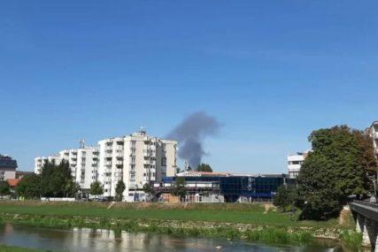 UMALO PLANULI MUNICIJA, ZAPALJIVA ULJA I MAZIVA Vatrogasci spriječili havariju u Sarajevu
