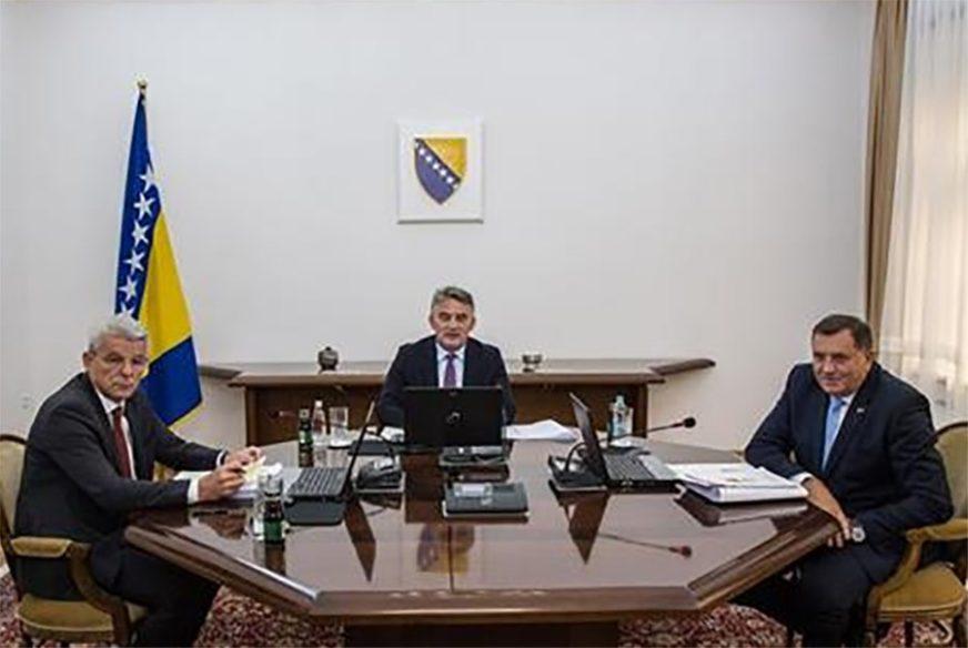 POLAGANJE KAMENA TEMELJCA ZA AUTO-PUT Dodik, Komšić i Džaferović 8. oktobra putuju kod Vučića