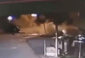 STRAVIČAN SUDAR MOTORA I AUTOMOBILA Objavljen video teške saobraćajke kod Gradiške