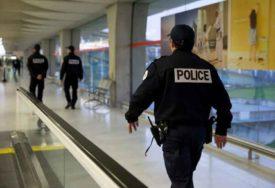 ALARMIRANA POLICIJA Anonimna dojava o BOMBI ispred kuće PREDSJEDNICE