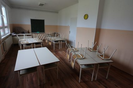 ZBOG DEZINFEKCIJE Nastavnici u Sarajevu traže onlajn nastavu dan nakon izbora