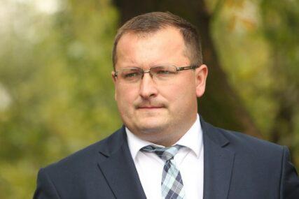 """INICIJATIVA SDS """"Osloboditi one koji studiraju u Srbiji TROŠKOVA TESTIRANJA na koronu"""""""