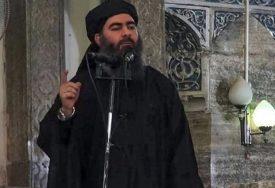 OKUPANO, PA UVIJENO U BIJELI ČARŠAV Amerika tijelo lidera Islamske države SAHRANILA U MORE