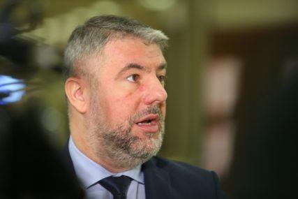 """""""Treba da snose odgovornost za dezinformacije"""" Šeranić označio krivce za stvaranje afere """"Kiseonik"""""""