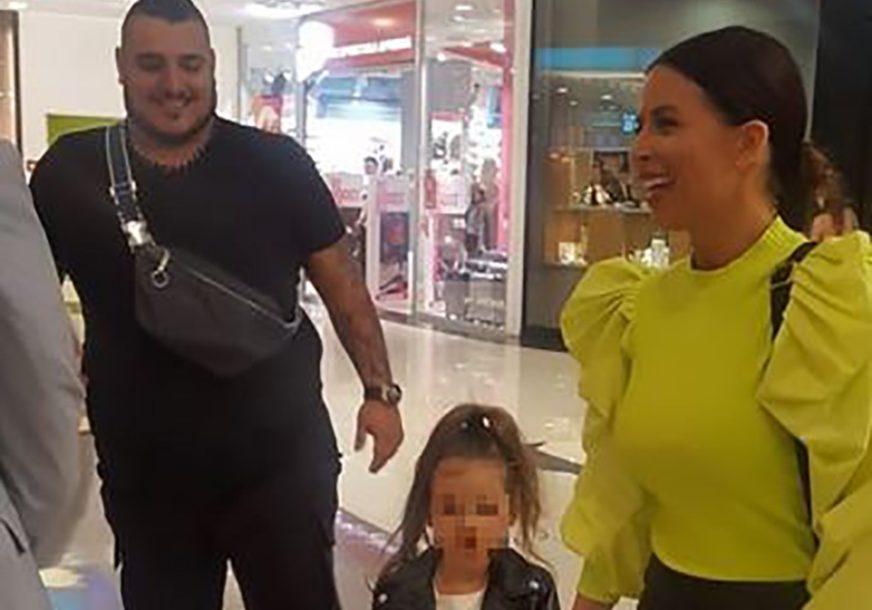 ANA I DARKO ZAJEDNO U JAVNOSTI Sa njima je bila i kćerka, a evo zašto su se SASTALI (VIDEO)