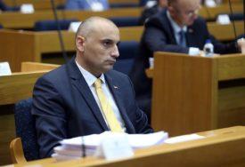 """BANJAC PORUČIO """"Pravdanje Pupovca je skandalozno, ne vodi nikakvom pomirenju"""""""