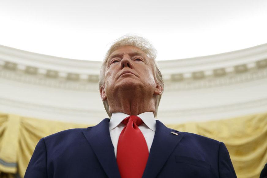 """""""SMJENA BI BILA OPASAN PRESEDAN"""" Trampovi advokati pred Senatom"""