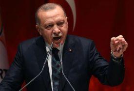 ERDOGAN IMA ČAST DA GA PRVI PROBA Turska predstavila domaći automobil (VIDEO)