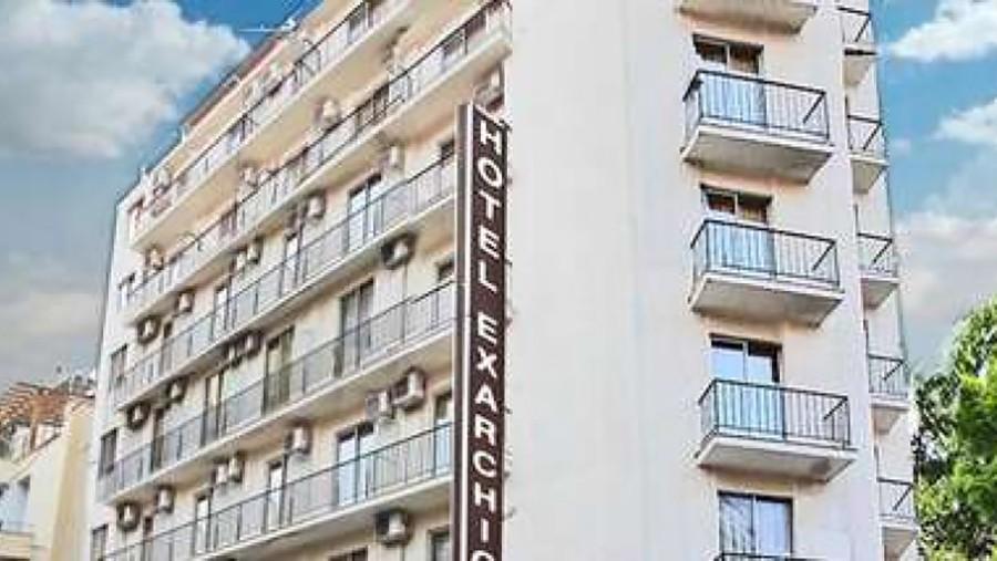 BURNA NOĆ U ATINI Huligani sa palicama i pištoljima opkolili hotel u kojem su bili navijači BiH