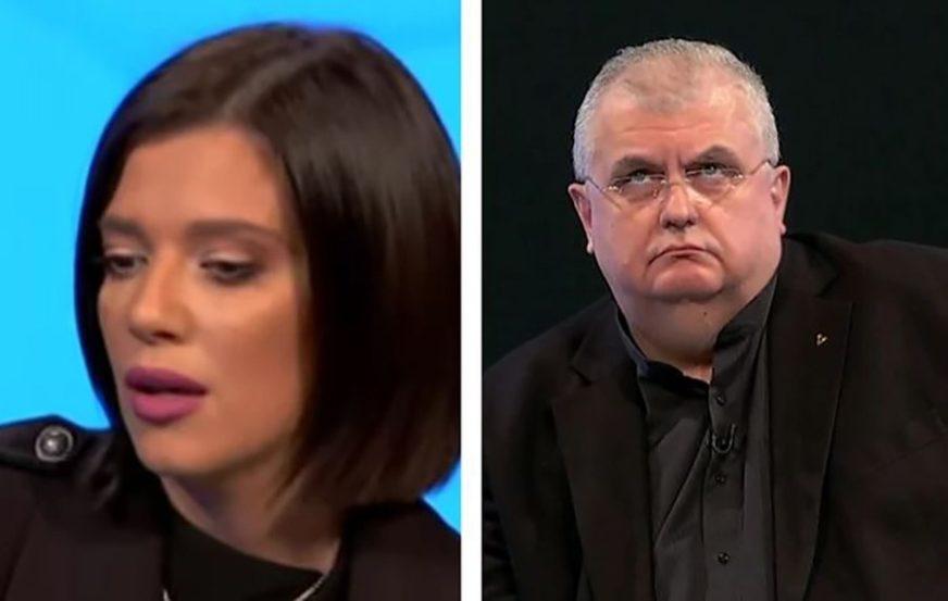KOLUTAO OČIMA I GLEDAO U PLAFON Čanak nije bio impresioniran političkim nastupom Kije Kockar