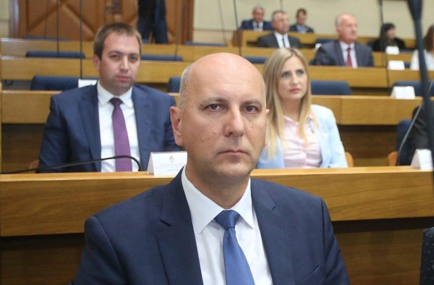 Skoko: Vlada duguje objašnjenje i izvinjenje borcima i građanima