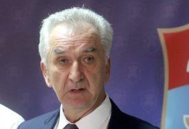 Šarović: Podrška vjernicima SPC i mitropolitu Amfilohiju
