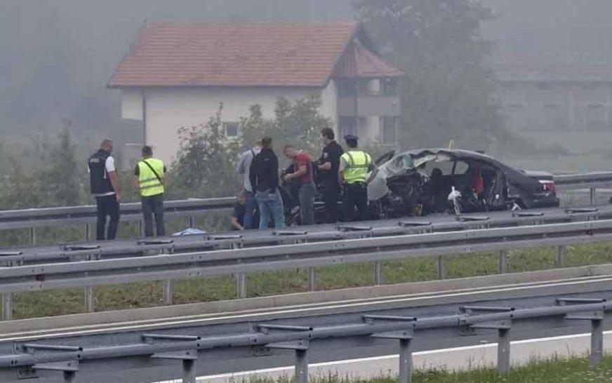 ZBOG NJIHOVOG PROPUSTA DVIJE OSOBE POGINULE Suspendovani policajci zbog stravične saobraćajke
