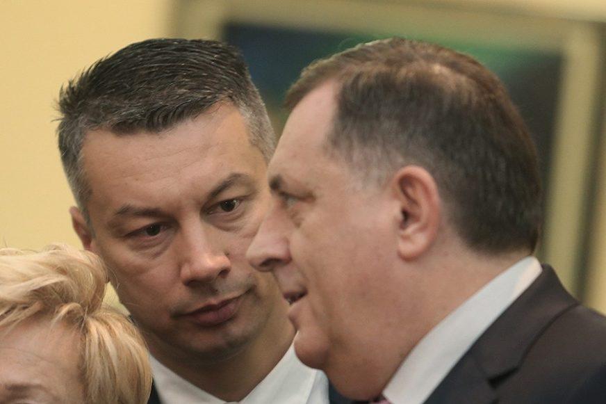 """""""PROPISI MORAJU BITI POŠTOVANI"""" Dodik o prijavi Tužilaštvu protiv Nešića"""