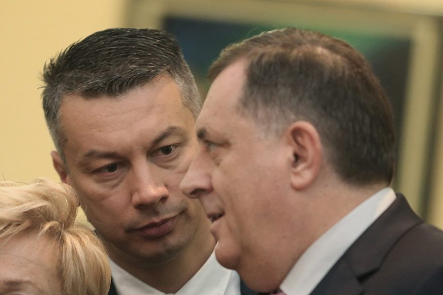 """DODIK PORUČIO NEŠIĆU """"On ne poznaje PRAVO STANJE u svojoj stranci"""""""