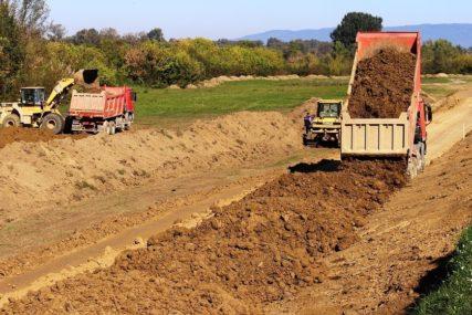 ADAPTACIJA NA KLIMATSKE PROMJENE Milionima do manjeg rizika u poljoprivredi