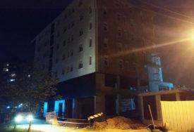 TRAGEDIJA KOJA JE SUBOTICU ZAVILA U CRNO Gradilište na kojem je stradao radnik pusto, istraga u toku